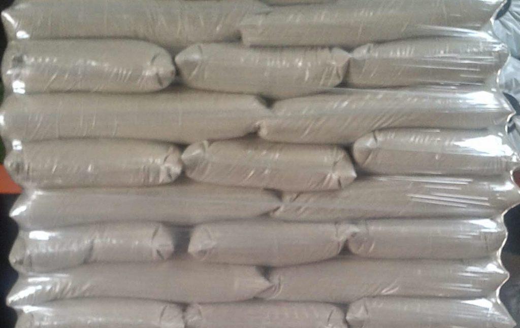arena de silice para cesped artificial bricomart