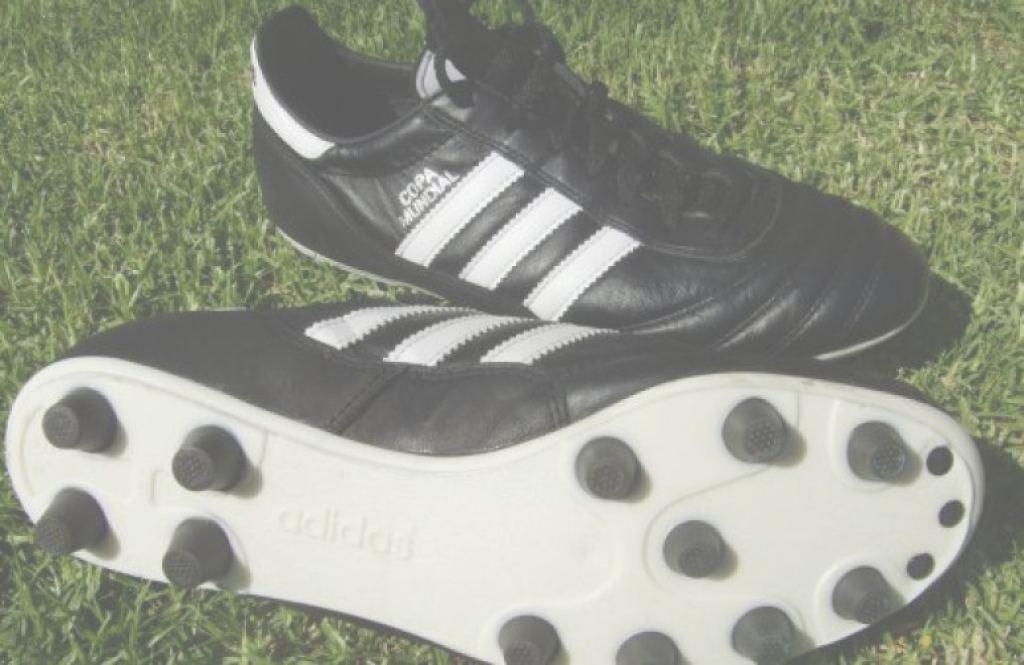 botas de futbol de piel para cesped artificial
