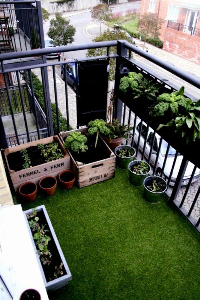 cesped artificial en terraza atico